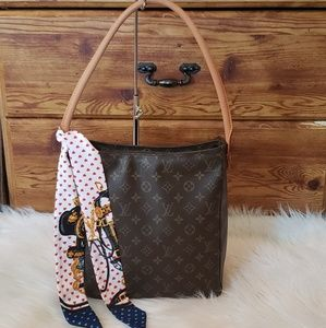 🎀🍀STUNNING  Louis Vuitton LOOPING GM 🍀🎀
